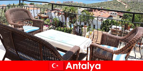 터키의 환대는 안탈리아의 관광객들에 의해 다시 확인됩니다.