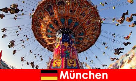 뮌헨의 국제 스포츠 이벤트와 옥토버페스트는 투숙객을 위한 자석입니다.