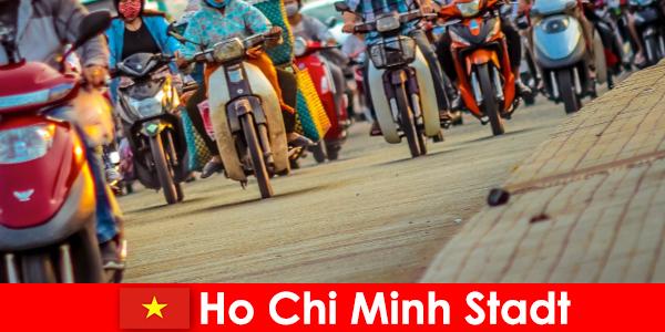 호치민 시 자전거와 스포츠 애호가 관광객을위한 항상 즐거움