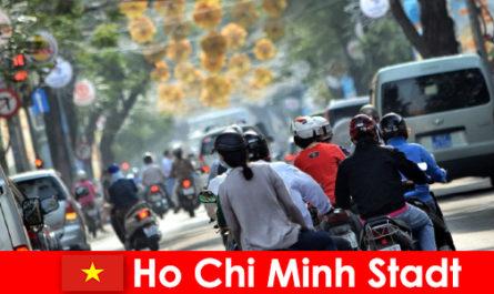 호치민시 HCM 또는 HCMC 또는 HCM 시티는 차이나타운으로 유명합니다.