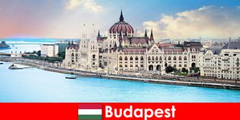 관광객을위한 많은 명소와 부다페스트 아름다운 도시