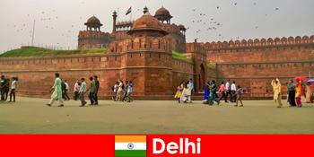 전 세계 문화 여행객을 위한 델리 인도의 맥시브 라이프