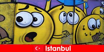 주말 여행으로 전 세계의 힙스터와 예술가를위한 터키 이스탄불의 장면 클럽