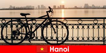 스포츠 관광객을위한 물 여행과 베트남 발견 여행 하노이