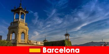 바르셀로나 스페인의 고고학 유적지는 열정적 인 역사 관광객을 기다리고 있습니다