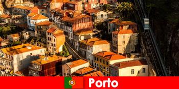 포르토 포르투갈의 구시가지를 산책하는 주말 산책