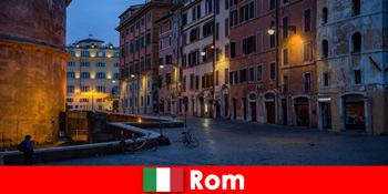 가장 아름다운 명소에 로마 이탈리아에 가을에 관광객을위한 짧은 여행