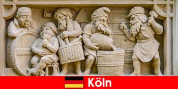유럽 주간 손님을 위한 쾰른 독일의 현지 요리가 있는 양조장 예술