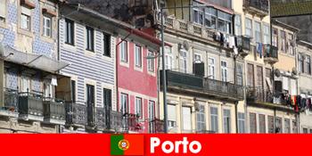 포르토 리스본을 방문하는 젊은 관광객을 위한 특별하고 저렴한 숙박 시설